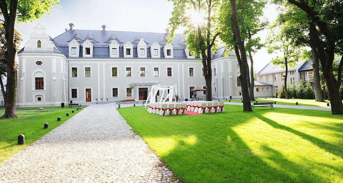 TOP 10 hoteli historycznych w Polsce wg trivago