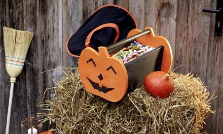 Halloweenowy koszyk na cukierki