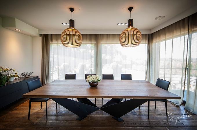 Jak ustalić odpowiednie wymiary stołu?