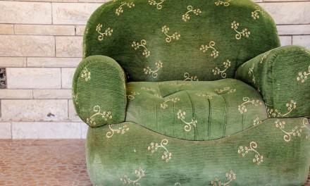 Jak używać mebli tapicerowanych?