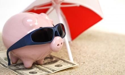 Gdy brakuje funduszy na urlop – poradnik przedwakacyjny
