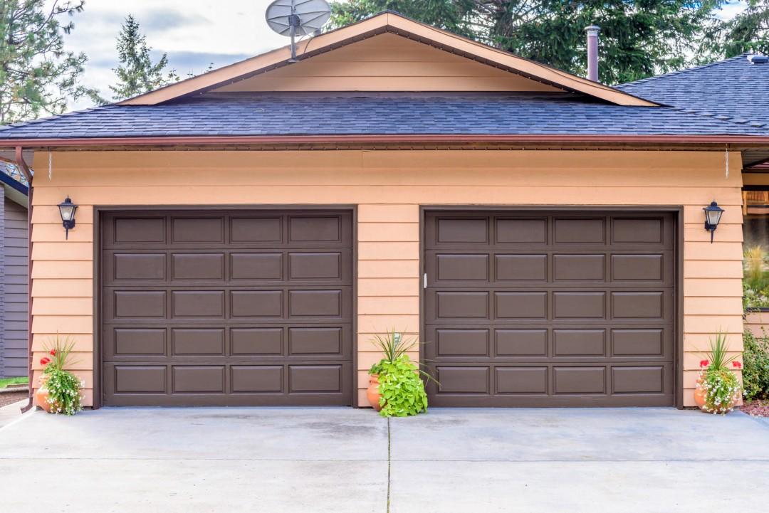 Próg garażowy, czyli najlepsza ochrona garażu przed deszczem