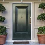 Jakie powinny być drzwi wejściowe? Na co zwracać uwagę?