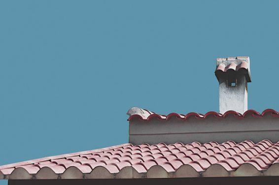 Naprawa dachów i koszty remontu. Jaką ekipę wybrać do remontu dachu?