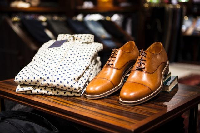 Kupujemy odzież na prezent – o czym pamiętać