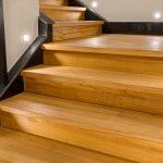 Jak oświetlać schody w domu?