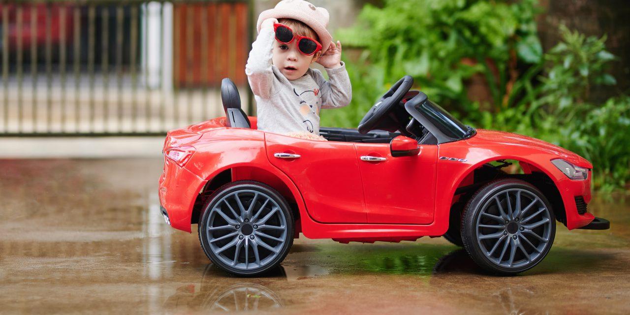 Samochody na akumulator dla dzieci: bezpieczna, nowoczesna i wyjątkowa zabawka