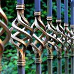 Farba do metalu – dekoracja i ochrona metalowych elementów