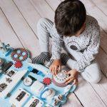 4 mity o relacji z dzieckiem a tablice manipulacyjne.